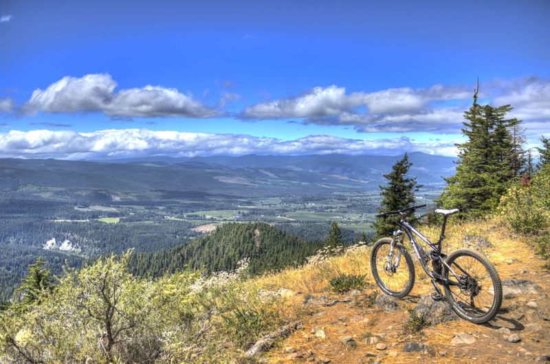 Nice view from the lookout on Surveyor's Ridge Trail.