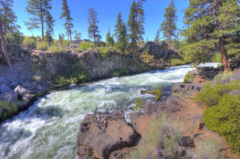 Upper Deschutes River Falls.