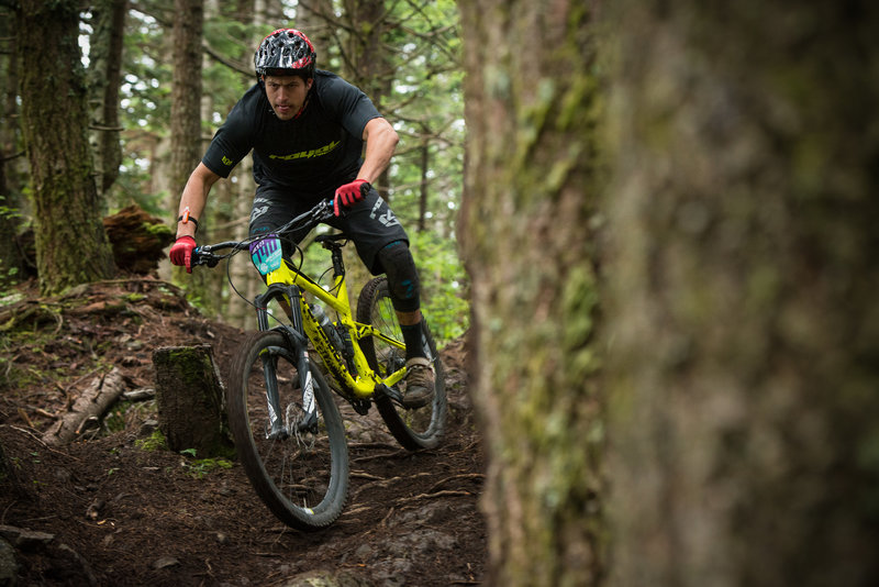 Matt Orlando heads into the tech and steeps on an optional line on the Cold Creek Trail.