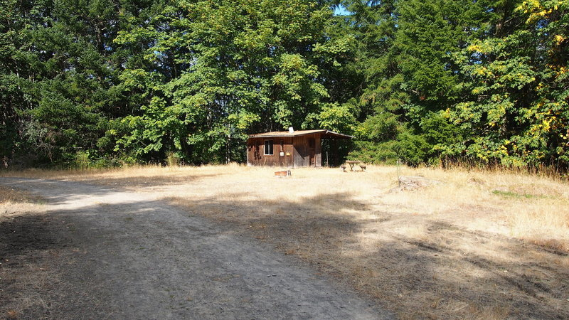 Annie's Cabin, a hiking shelter open to public use. Be careful of the wasps.