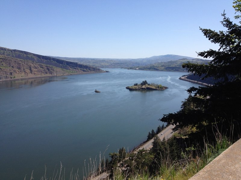 A view of Eighteen Mile Island from the Twin Tunnels Trail.