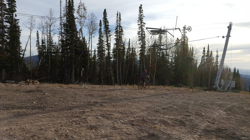 Top of the surface lift at Eagle Point Resort. This is where you pop back into the trees.