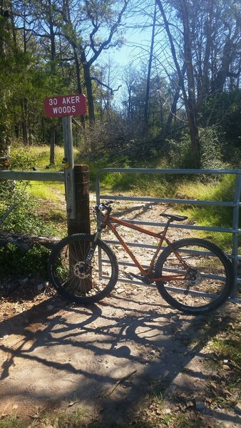 Bluff Creek Ranch - Start of trails. Working ranch, so there are a couple of places you must open and close gates.