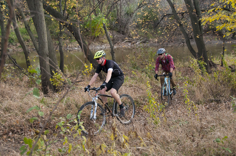 Yankton Trail Park Singletrack along the Big Sioux River.