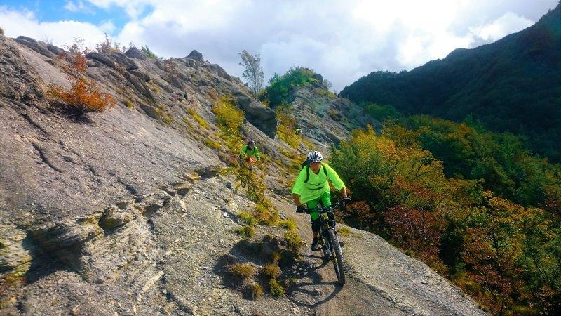 On the Rocky Ridge / Sul crinale roccioso.