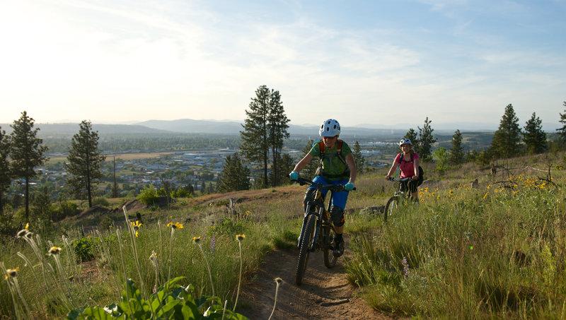 A beautiful spring climb on the Esmeralda Trail.