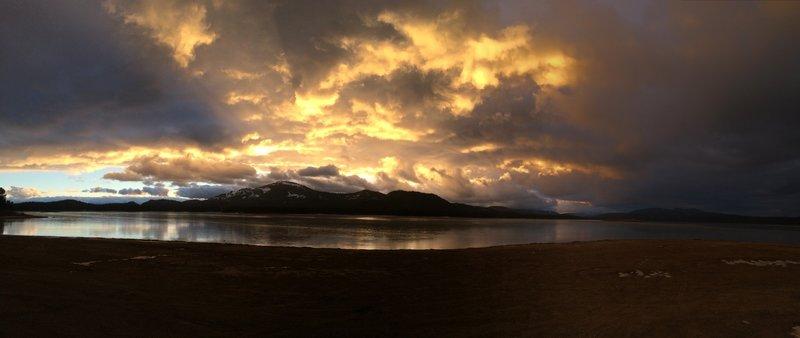 Lake Davis glimmering in the evening light