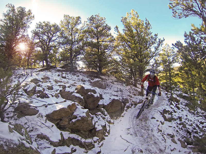 "Magic ""dirt"" on North Backbone, a great ride in light snow."