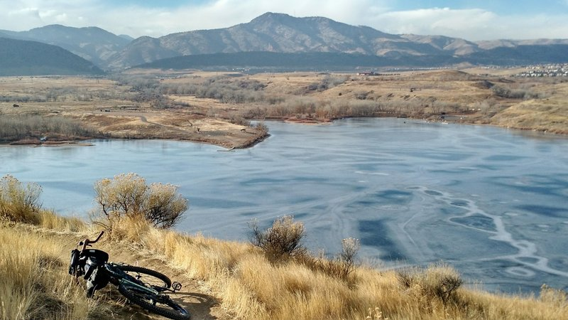 Chilly beauty is easy to find during a wintertime ride on the Mt Carbon Loop