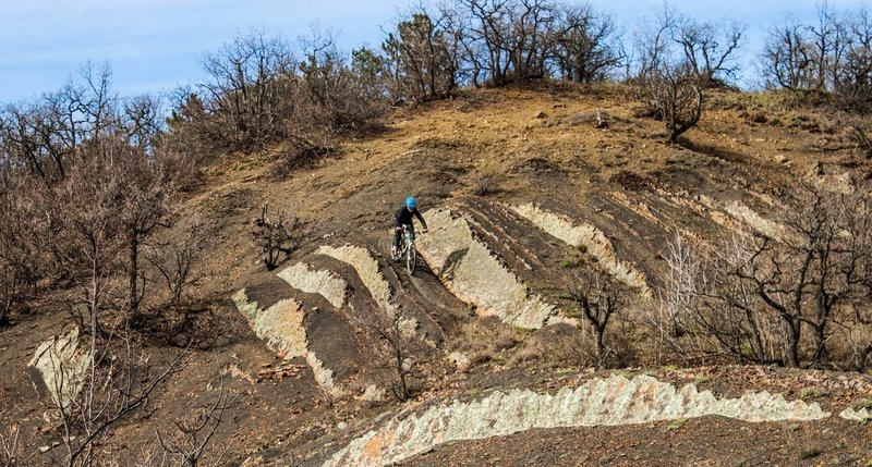 Playing around with some interesting terrain near the Yuzhnaya Tropa trail.