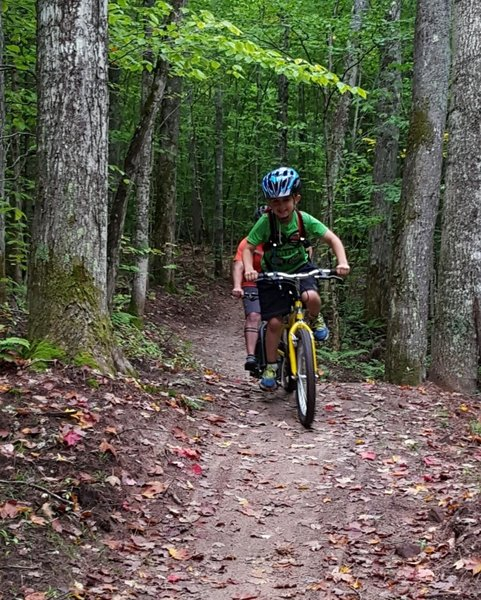 """The Valley Spur Singletrack is fun for all ages. Participants of the MBTN """"Trail Kids"""" youth mountain bike program."""