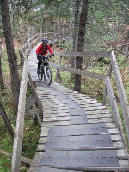 A long, fortunately grippy, bridge on the Bobine trail.