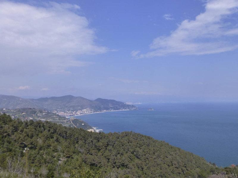 The 24 Ore di Finale Ligure endurance race features excellent views of the Ligurian Sea.
