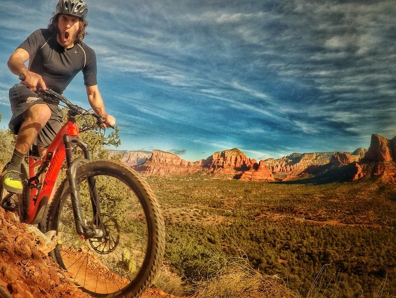 Get stoked riding the edge on Hiline Trail!