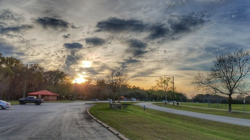 Cullen Park offers plenty of parking and great views.