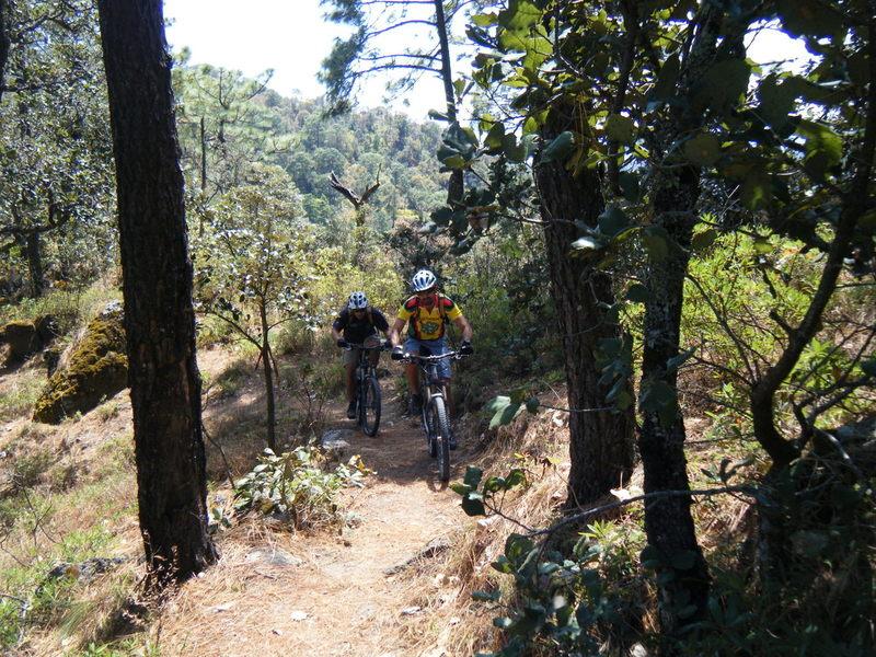 Climbing up to La Bufa Lookout.
