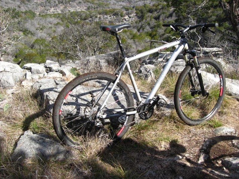 Taking a break along the Tinaja Trail.