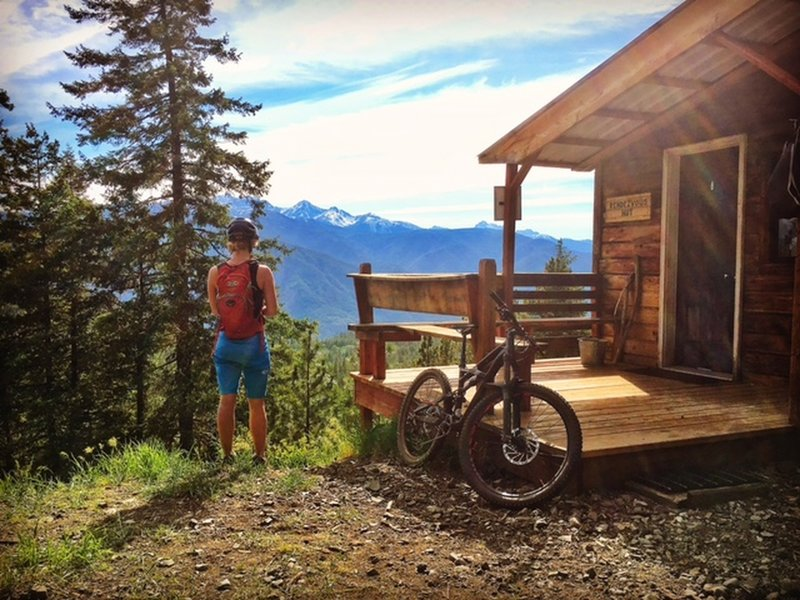 Rendezvous Hut on the Cub Trail.