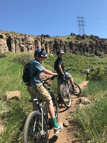 Family fun on the North Table Loop.