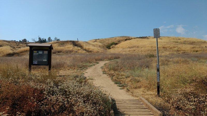 Thunderbird Trail's bottom entrance.