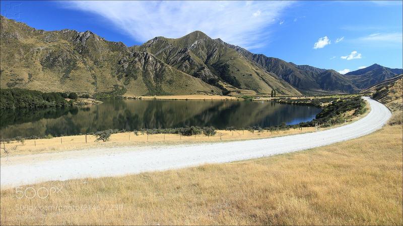 Moke Lake Road, Queenstown, South Island, New Zealand.
