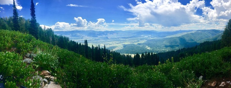 Amazing views on this stellar ride on Phillip's Ridge!