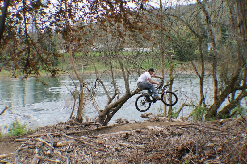 Catching some air on the Joesph Micelli Trail, Roseburg, Oregon