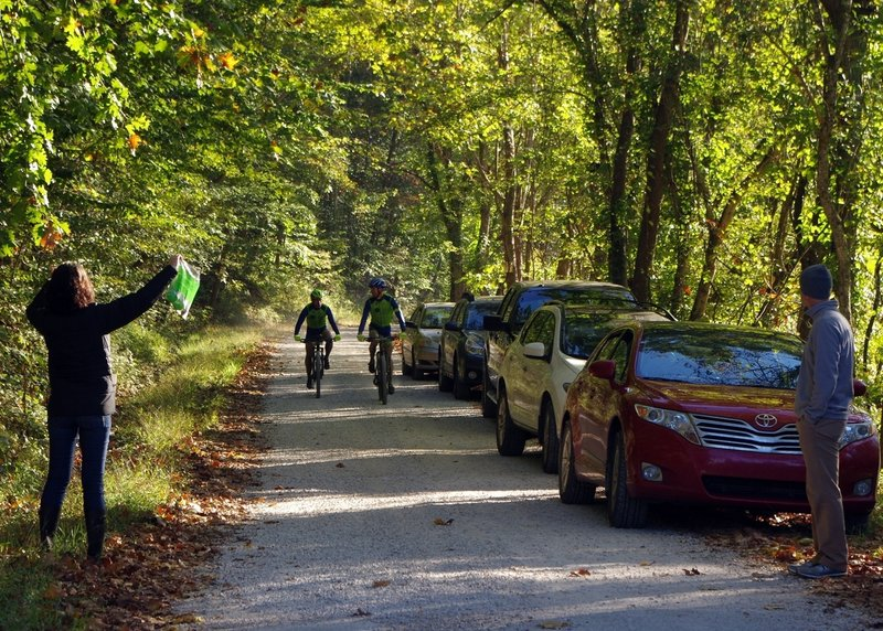 Leaders Nate Cornelius (L) and Brian Schworm (R) coming into Aid Station 1 during the inaugural RRG MTB 100.