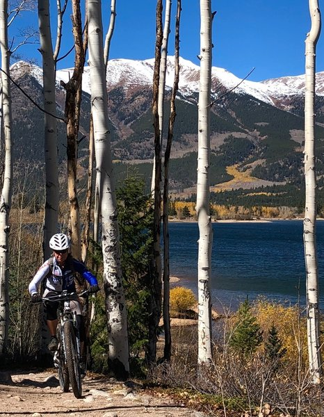 Incredible scenery on the Twin Lakes Trail