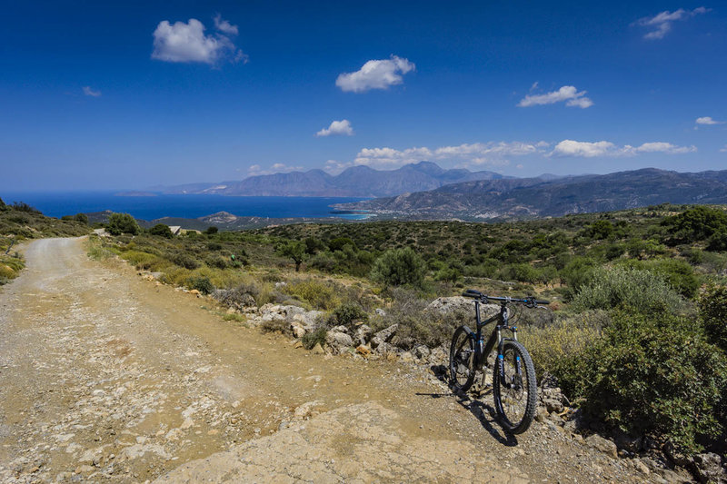 Ride from the mountains to the sea