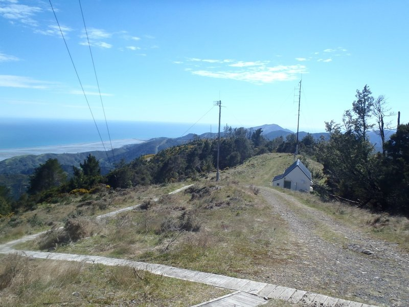 Looking north over Tasman Bay from the top of Fringed Hill (2,602 ft | 793m).