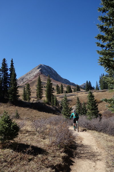 Nearing the intersection with Engineer Mountain Trail.