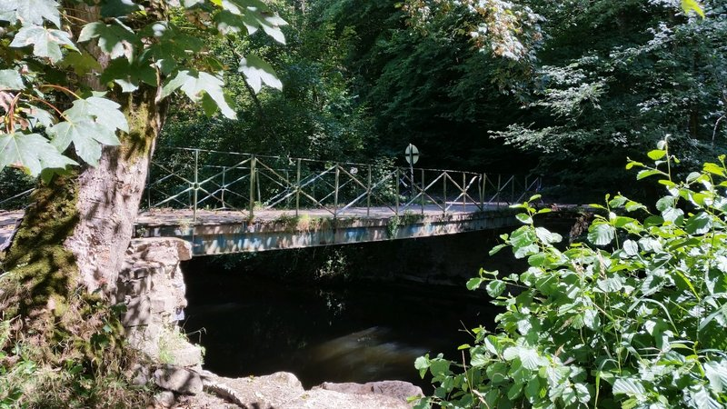 "Bridge over the ""Viroin"" river."