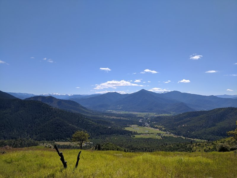 Looking out towards Ruch, OR from the top of the climb out of the 238 parking lot.
