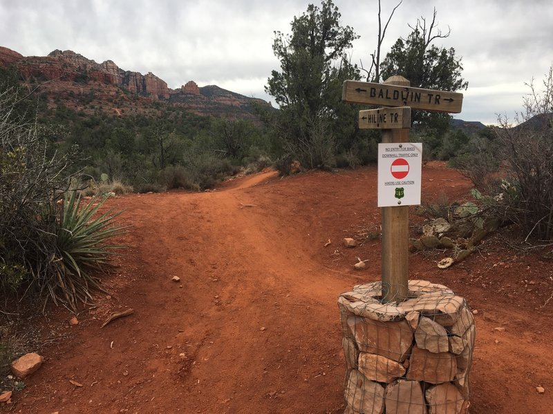 """NO ENTRY FOR BIKES. DOWNHILL TRAFFIC ONLY. HIKERS USE CAUTION"". Just posting in case somebody is researching Hiline options."