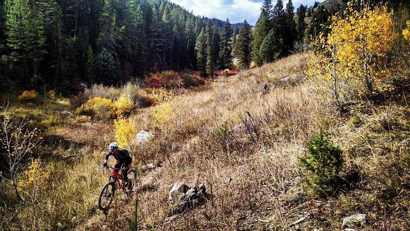 Descending the North Fork of Bear Creek from Four Corners pass