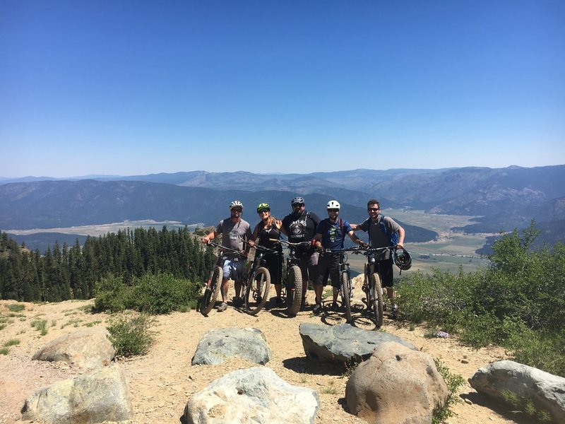The Crew 2017 above Crystal Lake at the Lookout!