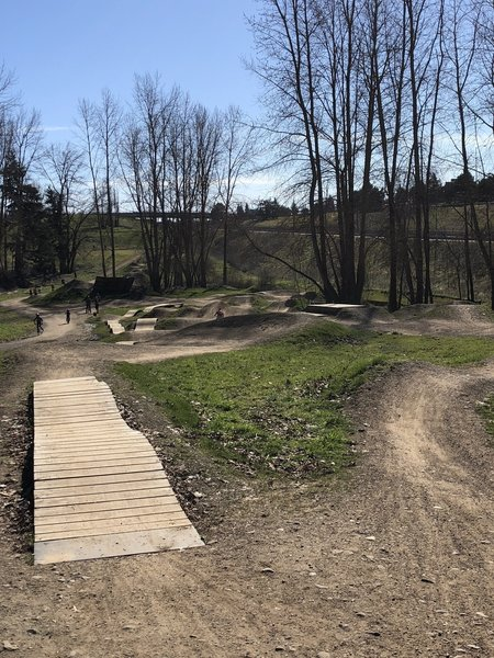 Gateway Green Skills Area: berms, drops, jumps, man made features