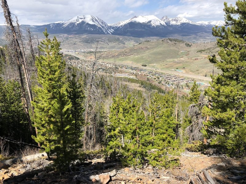 North aspect overlooking Dillon Valley on Chaco's TenFoot Loop