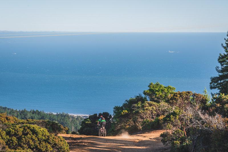 Alphawanderlust.com | Overlooking Stinson Beach | Bolinas Ridge
