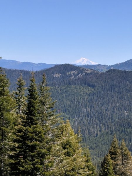 Zoomed in view of Mount Shasta from the trail to the Bigelow overlook.