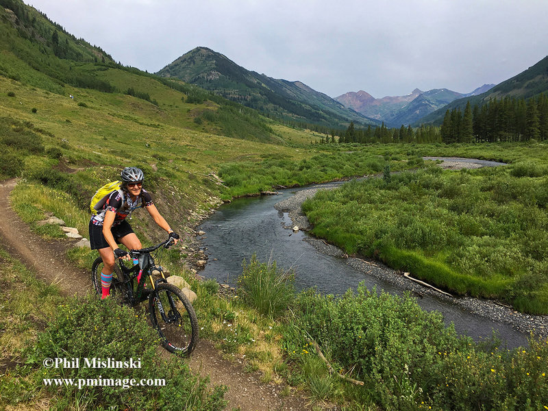 Heading back into  Crested Butte after Snodgrass, Lupine, and the Lower Loop.