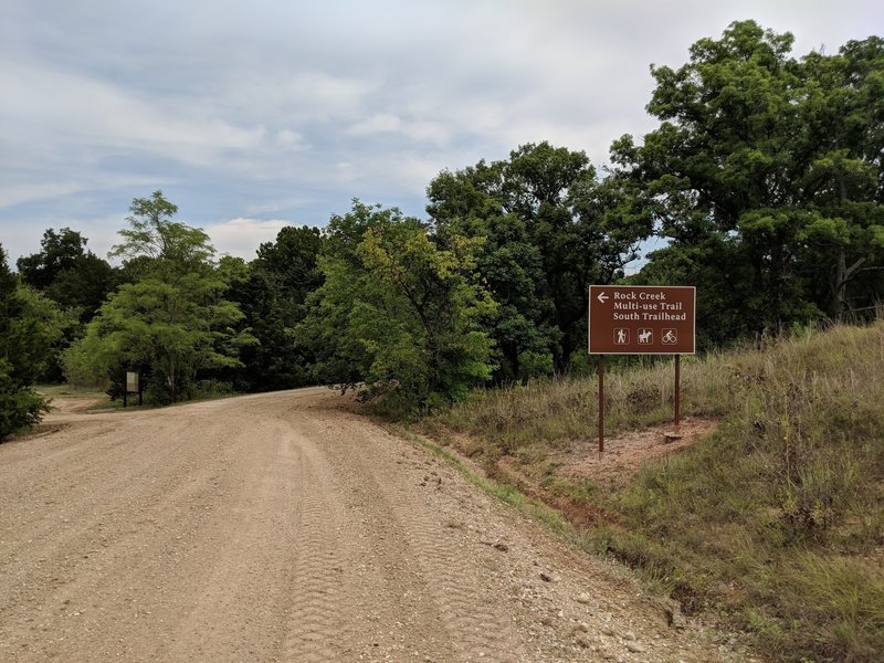 The south trailhead is close to boat ramp at Arbuckle Lake.