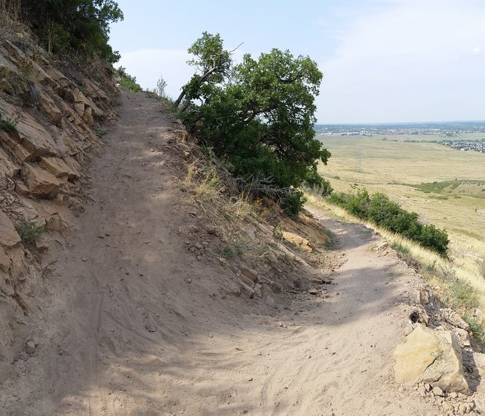 Some sharp and steep switchbacks on the initial climb from Two Brands