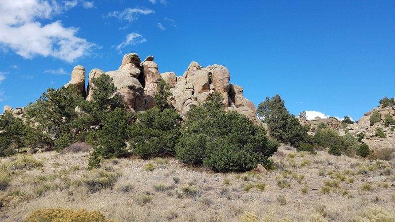 Towering rocks along Limekiln Creek Rd