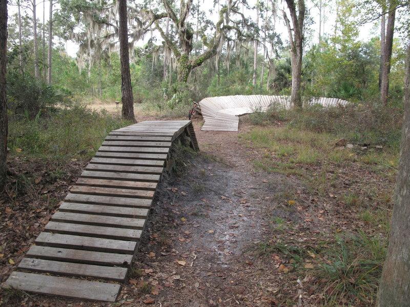 Nocatee Preserve_Wooden Berm Feature.