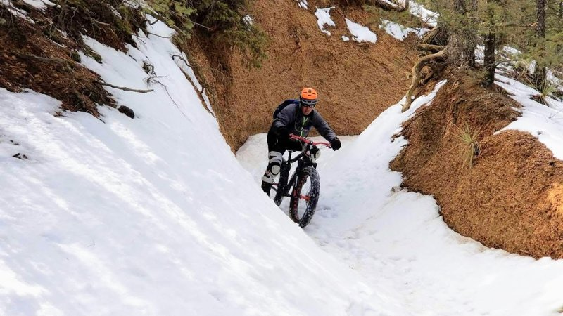 Shredding Cpt. Jacks in the snow