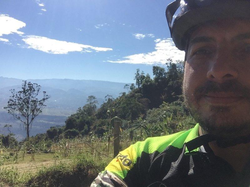 Montaña de Oso vista a la Sabana