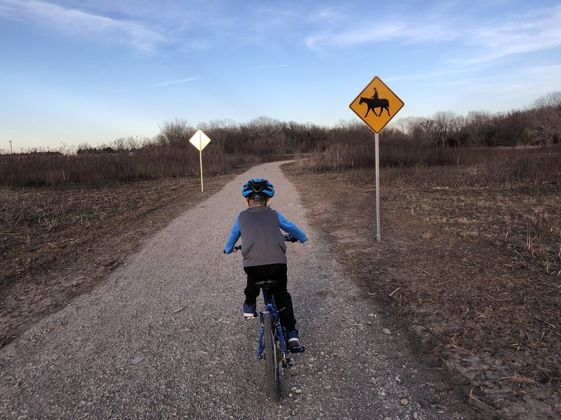 Main equestrian trail crossings are marked, but there are many that aren't marked.