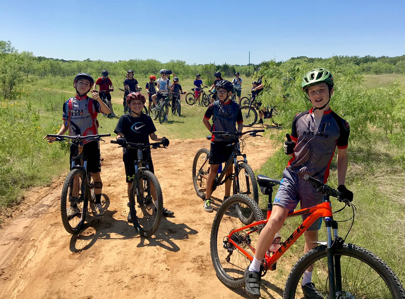 LTR middle school boys team out at Reimers Ranch for practice